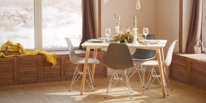 dining table - unsplash