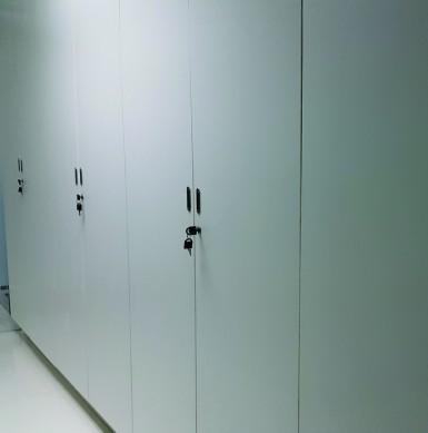Cabinets 14C